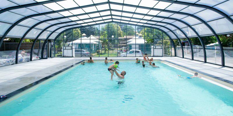 camping var avec piscine couverte