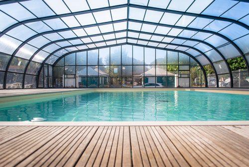 camping fréjus avec piscine couverte